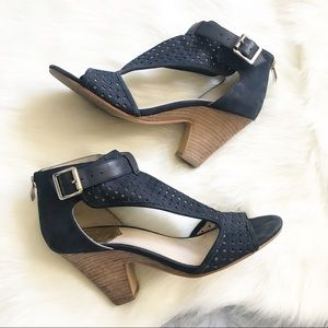 Vince Camuto ⚜️ Navy Cutout Leather Buckled Heels